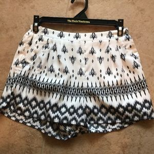 Black and white pattern shorts